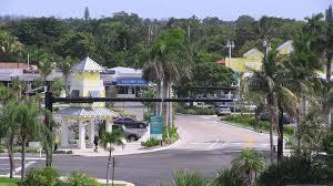 Cove-Shopping-Center-3