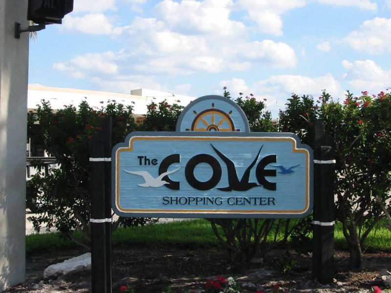 Cove-Shopping-Center_full