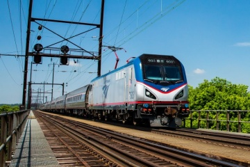 amtrak train kills pedestrian in Pompano Beach