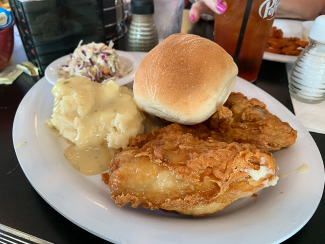 A fried chicken platter at Nelson's Diner in Pompano Beach.